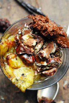 Mais pourquoi est-ce que je vous raconte ça... Dorian cuisine.com: Le vendredi c'est retour vers le futur… Mousse au chocolat croquante à la...