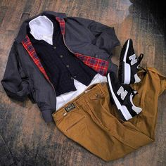 . Tops #baracuta Gilet #avio Shirts #originalvintagestyle Pants #orgueil Shoes #newbalance  #milan #italy #japan #fashion #vintage #military #used #shop #street #sartoria #tailor #bespoke #handmade #menswear #style #photooftheday #swag #eral55 #eralcinquantacinque #outfit #イタリア #ミラノ #セレクトショップ #ビンテージ #古着