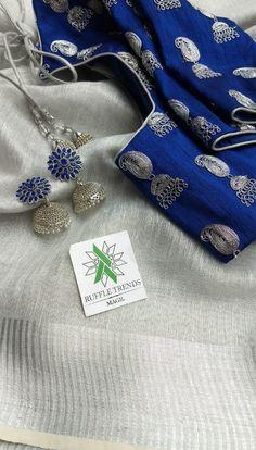 Cotton Saree Blouse Designs, Saree Blouse Patterns, Blouse Neck Designs, Sari Blouse, Dress Designs, Simple Sarees, Trendy Sarees, Fancy Sarees Party Wear, Kanjivaram Sarees Silk