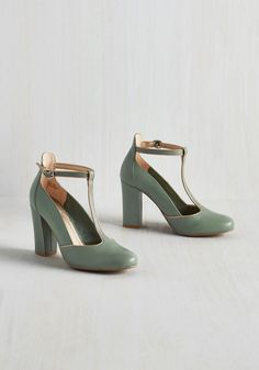 Trumpet Heel in Sage. Like a cacophony of bugles trumpeting by, your presence in this Seychelles footwear resounds. #green #modcloth