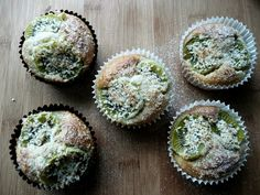 Kiwifruit & Coconut Muffins--use gf flour Summer Deserts, Summer Dessert Recipes, Healthy Meals To Cook, Healthy Recipes, Healthy Foods, Kiwi, Recipe Ingredients List, Coconut Muffins, Specific Carbohydrate Diet