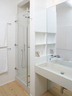 Ванная комната белого цвета фото http://www.design-hub.ru/vannaya-komnata-belogo-cveta-foto/