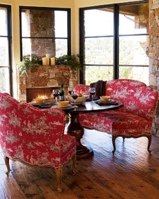 Love the banquettes around dining table!!