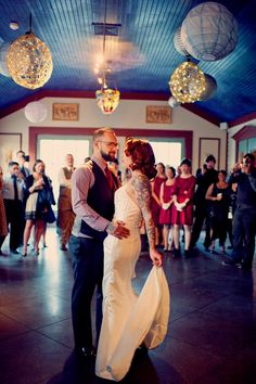 Attractive Tattooed Bride & Groom and a fairly classic/rustic marriage ceremony! Brides With Tattoos, Tattooed Brides, On Your Wedding Day, Dream Wedding, Campground Wedding, Wedding Stills, Rockabilly Wedding, I Carry Your Heart, Orlando Wedding