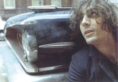 Rare Photos Of Pink Floyd's Creative Genius Syd Barrett | NME.COM
