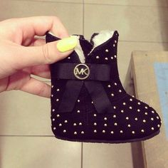 This is soo cute(: Michael Kors Little baby booties(':