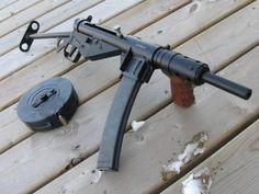 The Viking Minuteman — lookatmyguns: Sten Mk. Military Weapons, Weapons Guns, Guns And Ammo, Battle Rifle, Homemade Weapons, Submachine Gun, Weapon Concept Art, Assault Rifle, Cool Guns