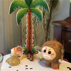 Made a cute Kakamora for a Moana themed birthday table :) #Kakamora #DIY #Moana #MoanaBirthday