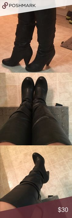 Black leather Jessica Simpson boots Very comfortable I did wear these boots quite a bit and got lots of compliments does have a scuff on the right boot as it shows on the picture I'm sure that with some black shoe paint it will look fine. Jessica Simpson Shoes Heeled Boots