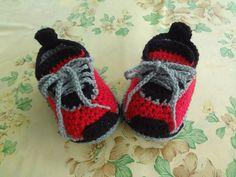 crochet baby sneakers, crochet baby shoes, baby sneakers ,crochet baby booties,crochet baby boots, crochet sneaker, boy sneacker ,girl shoes