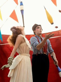 Karen Elson by Steven Meisel - The Vogue Italia 'Acrobats' editorial featuring Karen Elson by Steven Meisel is a fun-filled shoot, chronicling a day in the life of a circus perfo. Karen Elson, Steven Meisel, Vintage Carnival, Vintage Circus, Vintage Party, Pantomime, Pierrot Clown, Circus Acts, Circo Vintage