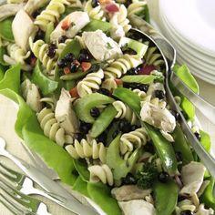 Recipes - Chicken Pasta Salad with Saskatoon Berries - Chicken.ca
