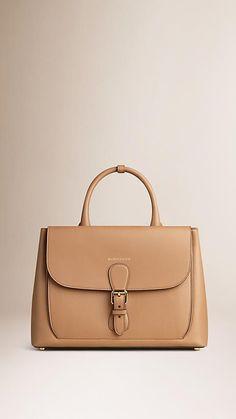 Camel The Medium Saddle Bag in Smooth Bonded Leather - Image 1 Luxury Handbags, Fashion Handbags, Purses And Handbags, Fashion Bags, Leather Handbags, Leather Wallet, Leather Briefcase, Leather Bags, Style Fashion