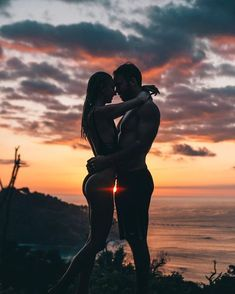59 Ideas for travel couple pictures sunsets Cute Couples Goals, Couples In Love, Romantic Couples, Couple Goals, Romantic Gifts, Photo Couple, Couple Shoot, Relationship Goals Pictures, Couple Relationship