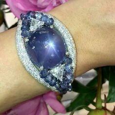 Bracelets – Page 14 – Finest Jewelry Modern Jewelry, Jewelry Art, Fine Jewelry, Jewelry Design, Unique Jewelry, Lotus Jewelry, Jewellery, Handmade Bracelets, Cuff Bracelets