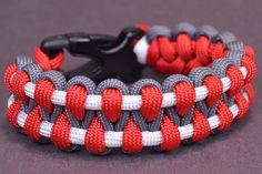 Make an Outstanding Paracord Survival Bracelet - BoredParacord