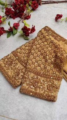 Golden Saree, Golden Blouse, Hand Work Blouse Design, Simple Blouse Designs, Zardosi Work Blouse, Saree Blouse, Kanchipuram Saree Wedding, Zardozi Embroidery, Designer Blouse Patterns