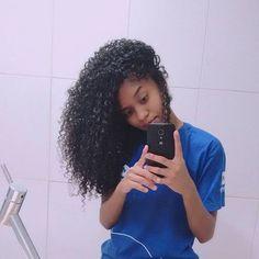 Férias 🙌 🔹Bom diaaa 💛  #curlyhair