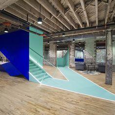L'agence new-yorkaise LEESER Architecture réhabilite un bâtiment industriel abandonné en un espace de travail partagé. En plein cœur de Brooklyn, les trois étages du Coworks accueillent les entreprises de demain dans une atmosphère originelle po...