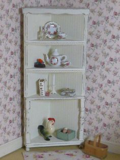 Shabby Dollhouse miniatures | Shabby Chic Cottage Country Corner Cabinet Dollhouse Miniature