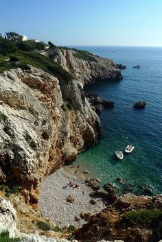 Secluded cove - Les Calanques, southern France