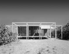 The Sarasota Architectural Foundation (SAF) has announced that a replica ofPaul Rudolph's Walker Guest House will be...