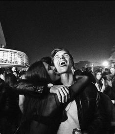30 Relationship Goals Pictures You Must Try with Your Bae! Looking for relationship goals picture ideas to take with your loved one? Take a look at these cute and funny couple goals pictures and poses for inspiration. Relationship Goals Pictures, Cute Relationships, Relationship Advice, Healthy Relationships, Relationship Struggles, Distance Relationships, Couple Goals Cuddling, The Love Club, Boyfriend Goals