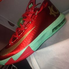 differently 4ec1d 17caf Nike KD 6 Christmas Nike Kd Vi, Adidas Runners, Kevin Durant Shoes, Kd