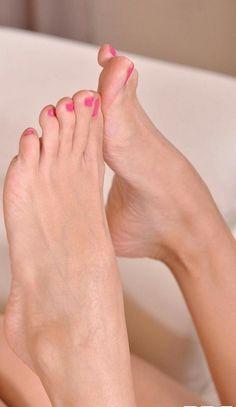 Frauen füsse schöne Zehen ohne
