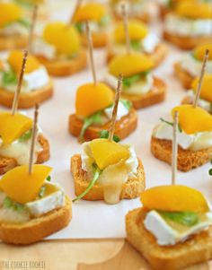 Mini Baked Apricot & Brie Bites. These are the perfect party or tailgate appetizer! - The Cookie Rookie
