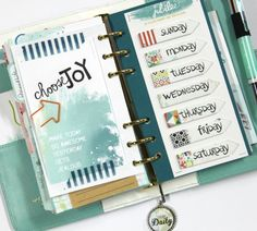 Keeping Track of Project Life Pics Inside Your Planner! | Cocoa Daisy | Cocoa Daisy