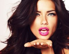 """Beauty Breakdown: How to Get Adriana Lima's Sexy """"Valentine's Day"""" Make Up Look Adriana Lima, Makeup 101, Beauty Makeup, Hair Beauty, Lip Makeup, Makeup Ideas, Makeup Tricks, Makeup Contouring, Sexy Makeup"""