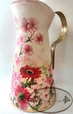 Metal Milk Jug, Bottle Art, Pots, Recycling, Shabby, Diy, Flowers, Crafts, Inspiration
