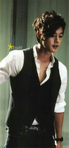 SS501 Hyunjoong - Born in South Korea in 1986. #Fashion #Kpop