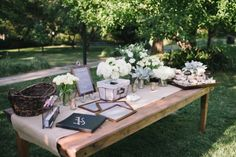 Outdoors rustic guest table setting