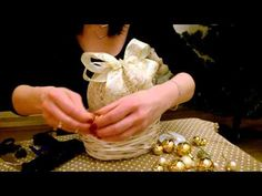 JAK ZROBIĆ ŚWIECĄCE KULE ... Cottonballs lights... dekoracja świąteczna :) - YouTube