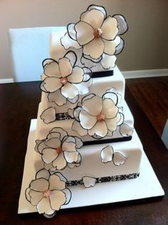 Modern black and white floral wedding cake
