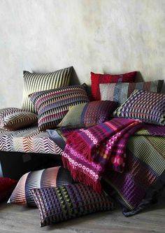 Weaving Magic – Margo Selby's Textile Vision - The Chromologist Home Textile, Textile Design, Alternative Flooring, Osborne And Little, Interior Design Boards, Weaving Projects, Cushions, Pillows, Room Colors