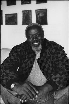 FRANCE. Paris. 1995. Senegalese sculptor, Ousmane Sow.  // H. Cartier-Bresson