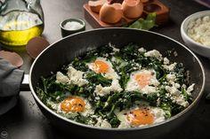 Πρωινό κάτω των 5€: Αυγά με σπανάκι και φέτα - madameginger.com Kai, Brunch, Cooking, Breakfast, Ethnic Recipes, Kitchen, Food, Drink, Image