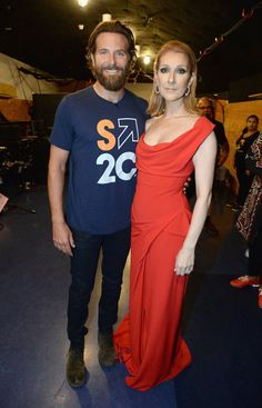 Les Célébrités S'unissent Contre le Cancer Bradley Cooper et Céline Dion