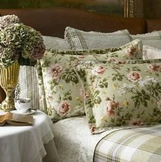 Amazon.com: Lauren by Ralph Lauren Bedding; Yorkshire Rose Sage Green Floral Standard Sham: Home & Kitchen