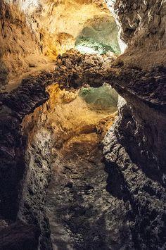 La cueva de los verdes, Lanzarote Tenerife, Spanish Islands, Canary Islands, Natural Wonders, Places To See, Travel Photos, The Good Place, Beautiful Places, Spain