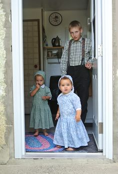 Hutterite children