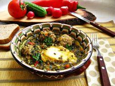 Perisoare si oua posate in piure de spanac Romanian Food, Homemade Food, Ethnic Recipes