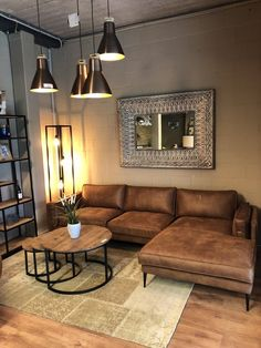 Living Room Best dark brown leather couch design ideas in 2020 Part 18 ; French Living Rooms, Living Room Modern, Living Room Sofa, Home Living Room, Living Room Designs, Living Room Decor, Man Cave Living Room, Manly Living Room, Apartment Living