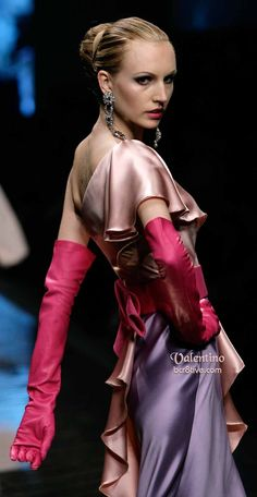 Valentino Details;  Mr. Valentino ever the master of haute couture
