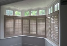 Cafe Style Bay Window Shutters