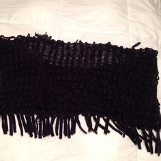 LOWEST $ Steve Madden Black Fringe Infinity Scarf Steve Madden Fringe Infinity Scarf, acrylic, in great condition! Steve Madden Accessories Scarves & Wraps
