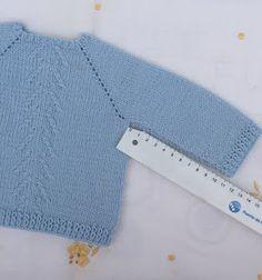 Baby Sweater Knitting Pattern, Knitting Stitches, Sweater Knitting Patterns, Tricot Baby, Drops Baby, Baby Cardigan, Baby Sweaters, Free Pattern, Barbie